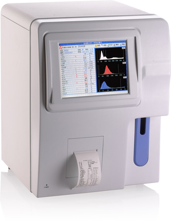 Full auto hematology analyzer